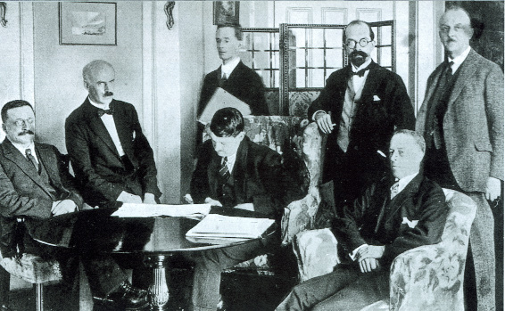 The Treaty delegates in London the day after the signing. (George Morrison)
