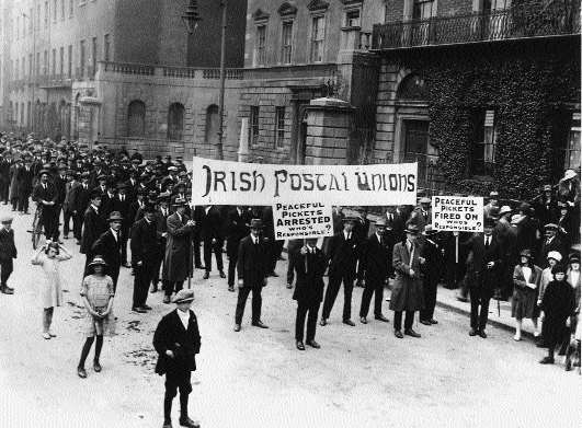 Striking postal workers protest at harassment of pickets. (Irish Labour History Museum)
