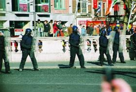Gardaí in riot gear on O'Connell Bridge, 26 February 2006. (Nick Divers)