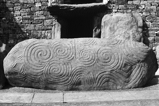 a description of the ancient celtic religion The otherworld: the ancient celts believed in an otherworld the otherworld  was the home of many gods and goddess it was a place of joy, where feasts  were.