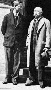 í‰amon de Valera and Douglas Hyde-in a hand-written letter from Frenchpark dated 15 June 1938, Douglas Hyde promised 'My dear Pokorny' that once inaugurated as President, he would speak to de Valera and 'do all I can' to help. (Keystone Press, 5 May 1938)