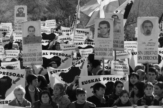 'Basque prisoners to the Basque Country'-relatives and supporters of ETA prisoners demonstrate in Vitoria, 3 December 1999. (AP/Jon Dimis)