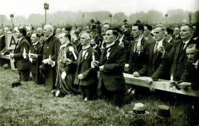 Members of the Dáil and Senate attend the Eucharistic Congress in the Phoenix Park. (Central Press)