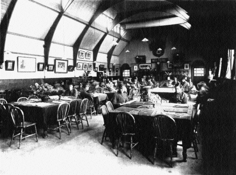 The reading room, Sandes Home, Curragh Camp c. 1900. (National Library of Ireland)