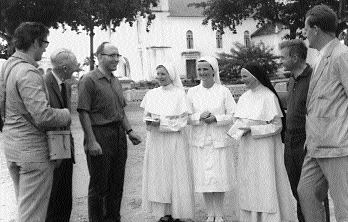 Holy Ghost Fathers' 'Green Pimpernel', Fr. Tony Byrne (third from left), in Sí£o Tomé with members of the Evening Herald medical team. (Independent Newspapers)
