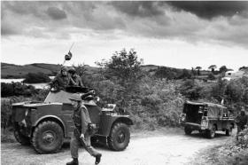 An Irish army border patrol in the 1970s. How prepared were they for intervention in the North in August 1969? (National Museum of Ireland)
