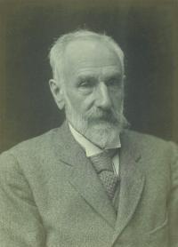 Ysidro Edgeworth in 1917, aged 72. (National Portrait Gallery, London)