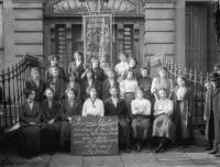 Members of the Irish Women's Workers' Union on the steps of Liberty Hall, c. 1914. (NLI)