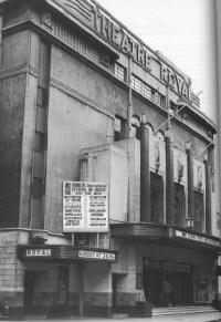 In its day, the façade of the Theatre Royal was considered to be a fine example of art-deco style, but its impact was lost in a west-facing aspect on Hawkins Street. Architectural commentators said that the atmospheric 'Moorish' interior motifs jarred with the art-deco exterior. (Irish Arts Review)