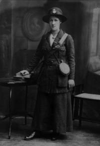 Cumann na mBan member Rose McNamara, who served in Marrowbone Lane distillery—one of c. 200 women who took part in the Rising. Women, comprising less than 10% of the interviewees, were underrepresented, reflecting contemporary assumptions about the relative importance of their contribution. (National Museum of Ireland)