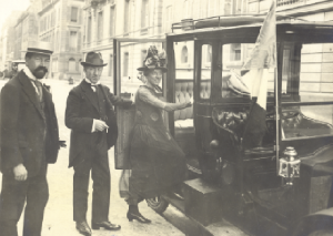Paris, May 1919—Seán T. O'Kelly (centre) with Mr and Mrs Charles Gavan Duffy on the way to a meeting with Georges Clemenceau. O'Kelly regularly entertained other disaffected diplomats, including representatives from D'Annunzio's city-state, who had gathered in the French capital.