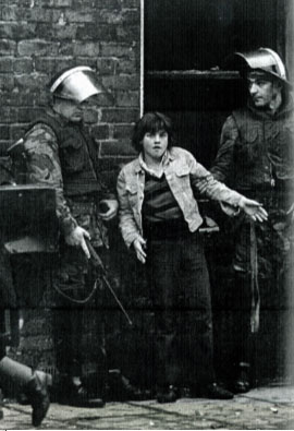 An internment swoop in August 1971