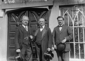 Above: John Redmond (centre) in 1912, with his brother Willie (left) and son, Capt. W.A. Redmond (right). Memorial events to John Redmond began the year after his passing. (NLI)