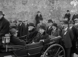 Former IPP leaders—facing forward in the carriage—John Dillon (left) and Joe Devlin (right) at the 1924 event. Dillon gave the oration in 1924 and Devlin in 1925. (British Pathé)