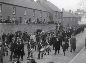 One of the c. 30 bands that marched at the John Redmond anniversary event in Wexford on 9 March 1924. The Irish Times recorded a crowd of 20,000 and added that the demonstration 'seemed to warrant the assumption that one was watching the renewal of a pledge of faith in the political beliefs and methods discarded by the electorate only a few years before'. (British Pathé)