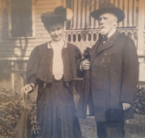 Mary Jane and Jeremiah c. 1906 at their home on Staten Island, New York. (O'Donovan Rossa family)