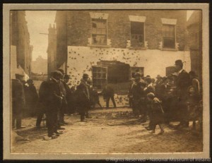 Moore Street after the Rising. (NMI)
