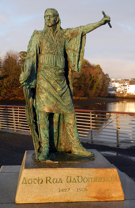 Above: Statue of Aedh Ruadh O'Donnell (d. 1505) in Donegal town. He succeeded his father, Niall Garbh, in 1461 and masterminded a remarkable O'Donnell recovery.